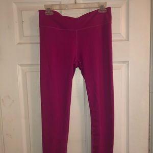 Super cute pink leggings!